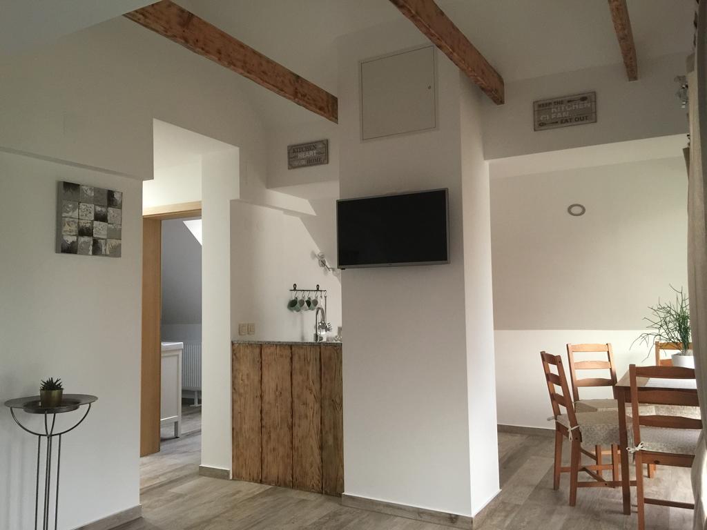 VILA CVETKA BLED   Family One Bedroom Apartment